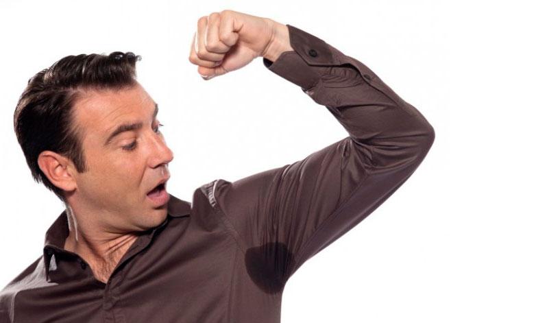Фото: почему появляется у человека гипергидроз подмышек ?