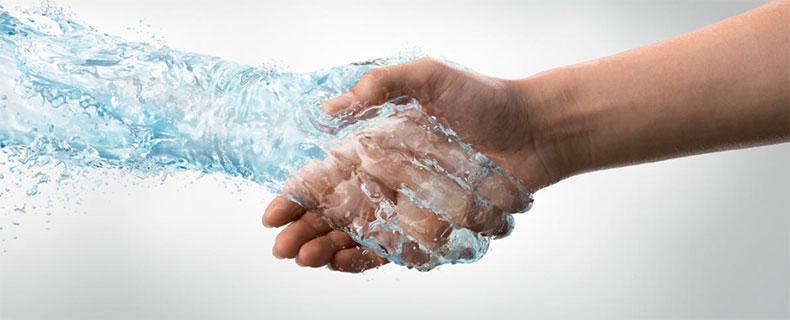 Фото: основные причины по которым ладони могут становиться такими мокрыми