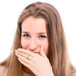 Как можно быстро убрать неприятный запах изо рта?