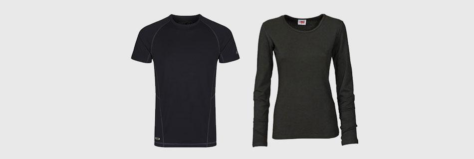 Фото: темная одежда нуждается в особом подходе при устранении пятен